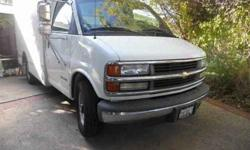 $7,500 2002 Chevy 3500 10' FT Box Truck / Cut away- WHT -