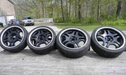 "$800 Set of 2-22"" and 2-20"" inch black wheels w/low profile"