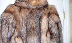$850 Fur Coat / Crystal Fox Fur