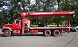 8930 - 1999 International 2574; Terex Crane Model Tc4792;