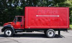 9009 - 2006 International 4300; 16'6'' Aluminum Box Van