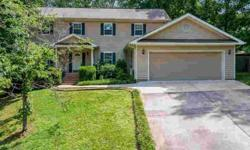 915 Stone Crest Cir Chattanooga, Wonderful home located in a
