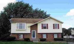 95 Commanche Trl Hanover Three BR, great house in very good