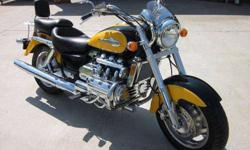 $9,000 2000 Honda Valkyrie 15k miles, Yellow/Black, not