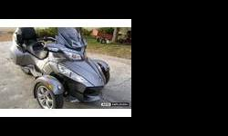 $9,200 2011 Can-Am Spyder Sm5 Rt Roadster