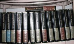 Complete Set of Enyclopedia Brittanica, Good Condition