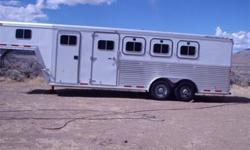 Customweekend package 2001 Featherlite 4 horse trailer