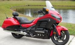 dcvbh 2013 Honda Goldwing F6B Only3k Miles Flawless Bike