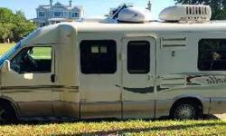 Garge Kept 2004 Winnebago Rialta 22QD
