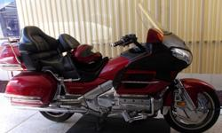 Honda Gold Wing 2003 Red 1800