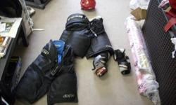 Huge Lot of Teen/Youth/Adult Hockey gear