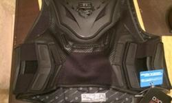 ICON FIELD ARMOR STRYKER VEST size Large / 1xl BRAND NEW FOR
