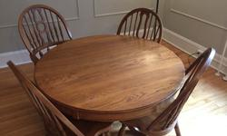Keller Furniture Oak Dining Room Table and 4 Chairs