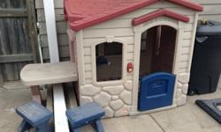 Little Tikes Picnic on the Patio Playhouse and Play
