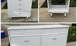 ? Mid-Century Modern White Bedroom Set Dressers and Night