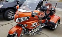 Orange 2002 Honda Gold Wing 1800