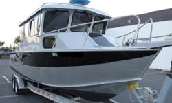 - Pacific Explorer 2013 Hewes 260 * *Sport Fisherman*-