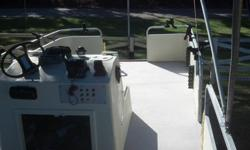 Pontoon Boat- Fishing 20ft- Refurbished!! / Reduced!! [phone