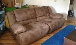 Reclining Sofa/Couch