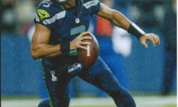 Russell Wilson Seattle Seahawks 8x10 Signed Photo w / Global