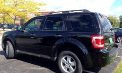 Safe and Reliable 4WD 2011 Ford Escape XLT