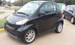 Save gas in this 2009 SMART PASSION