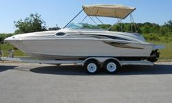 Sea Ray 240 Sundeck 24ft Deck Boat - 2001