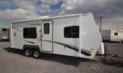 ----?Must see?2005 Northwood Arctic Fox 22h ?sample?----