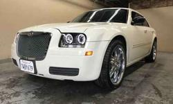 Used 2007 Chrysler 300 for sale