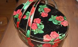 VINTAGE Dutch Maid English Style Biscuit TIn with handles